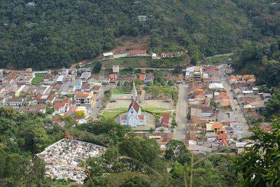 Trilha do Morro do Cruzeiro em Santa Maria Madalena